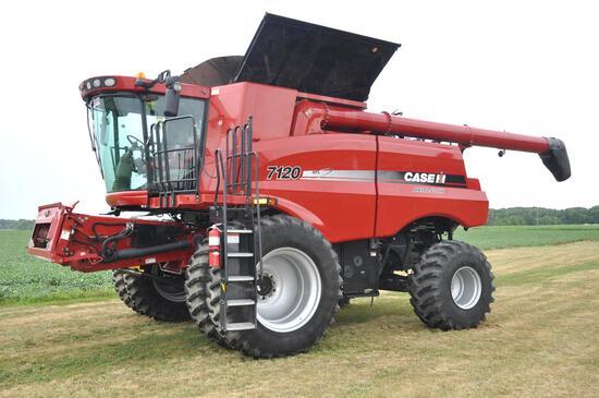 2011 Case-IH 7120 4wd combine