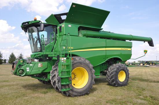 2014 JD S690 4wd combine