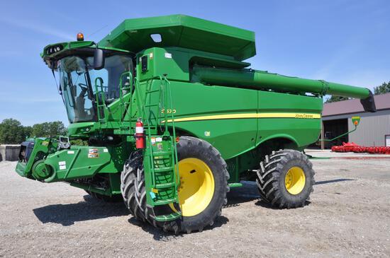 2013 JD S670 4wd combine