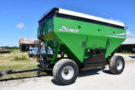 Demco 650 gravity wagon