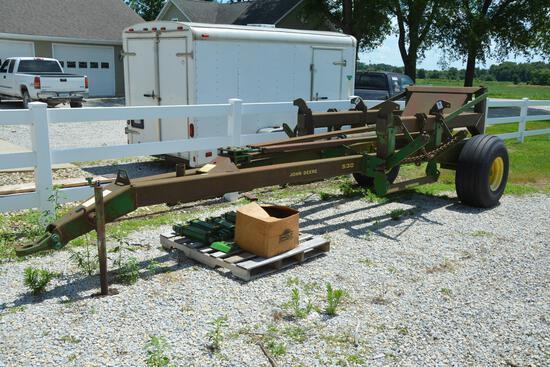 John Deere 530 drill caddy