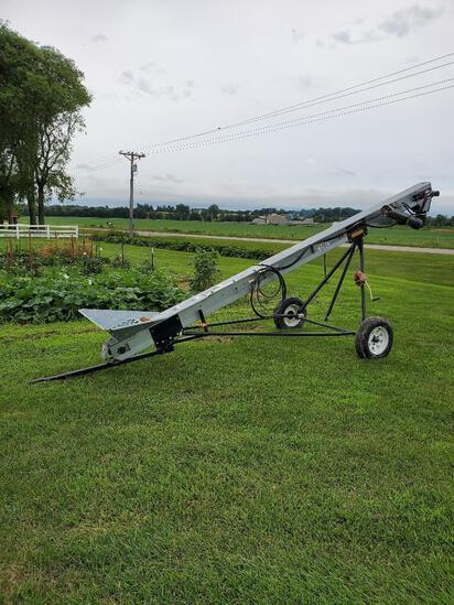 "Unverferth 60 18' x 6"" paddle wheel conveyor"