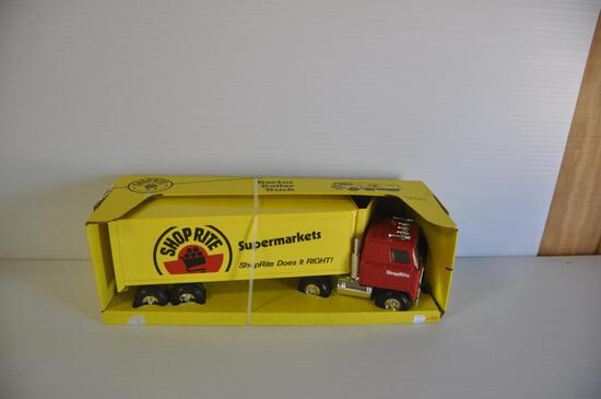 Ertl 1/16 Scale Shop Rite Tractor Trailer