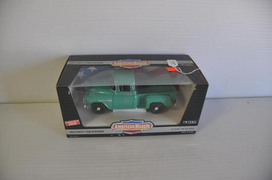 Ertl American Muscle 1/18 Scale 1955 Chevy 3100 Stepside Pickup, Collectors Edition