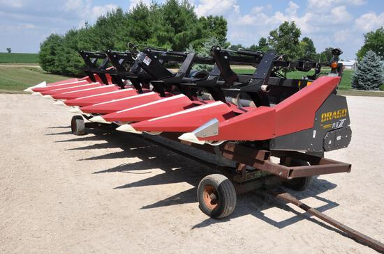 "2013 Drago Series II 8 row 30"" corn head"