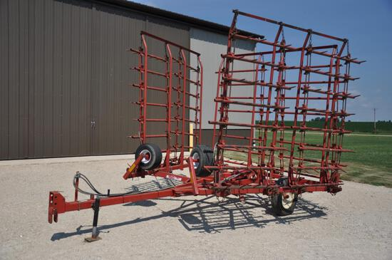 McFarlane HDL-28' 8-bar harrow on cart