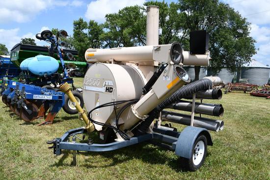 REM 2500 HD grain vac