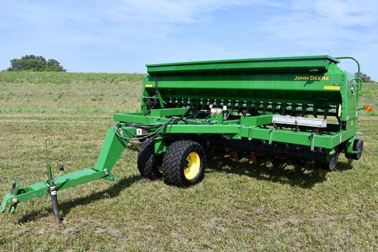 2014 John Deere 1590 15' no-till drill