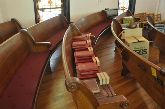 18' Curved Oak Church Pew