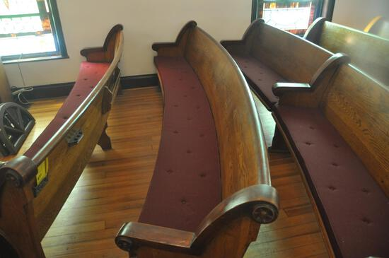 11' Curved Oak Church Pew