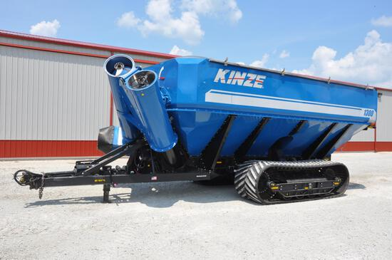 2014 Kinze 1300 grain cart