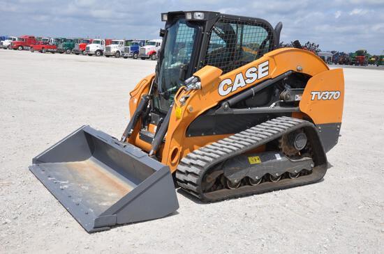 2018 Case TV370 compact track loader