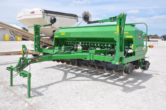 2012 John Deere 1590 15' no-till drill