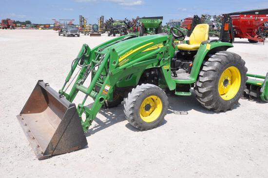 2012 John Deere 4520 4wd compact tractor