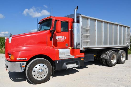 1993 Kenworth T600 tandem grain truck