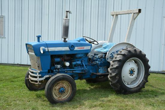 Ford 3000 2wd gas tractor