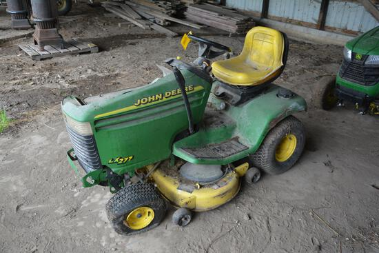 John Deere LX277 riding lawn mower