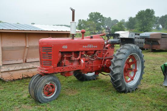 Farmall 400 gas tractor
