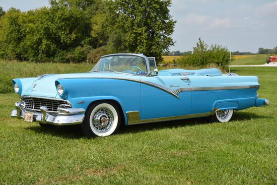1956 Ford Crown Victoria Sunliner
