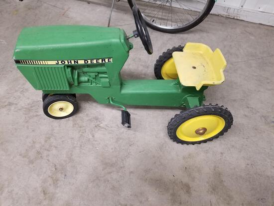 John Deere vintage pedal tractor