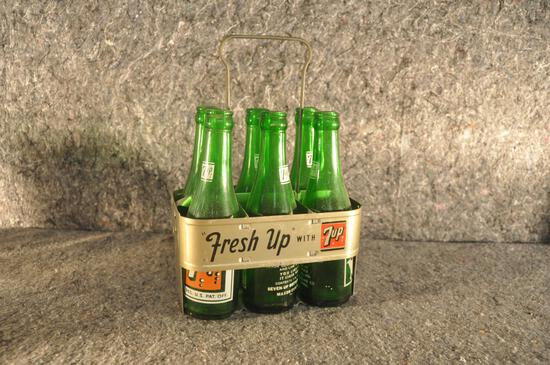 metal 7 Up 6-pack carrier