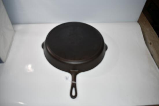 Griswold Cast Iron Skillet No.14, 719