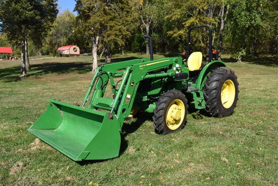 2018 John Deere 5055E MFWD tractor