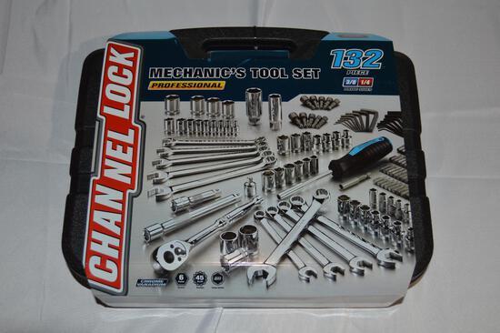 132-piece mechanics tool set (1377)