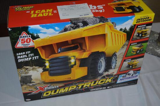 Toy dump truck, hauls 50 lbs (0596)