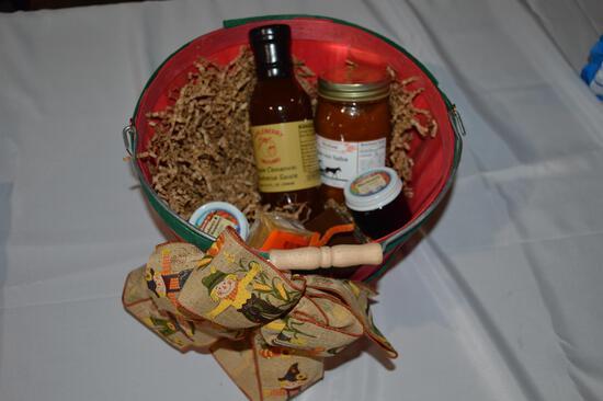 Appleberry Orchard goodie basket (1715)