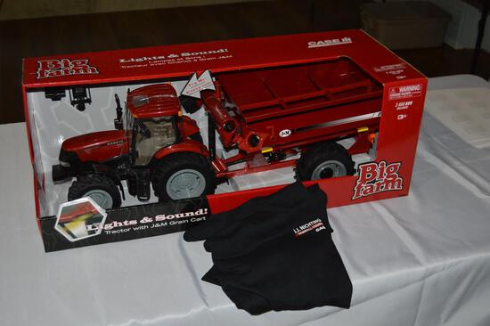 Toy Case-IH tractor & t-shirt (1577)