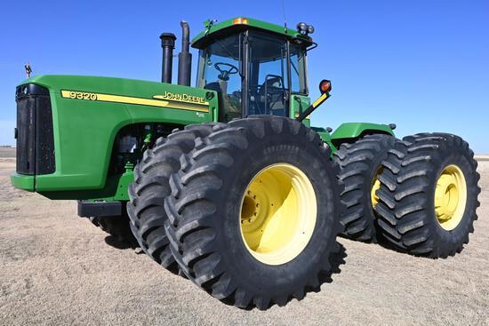 2005 John Deere 9320 4WD tractor