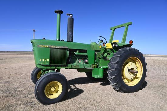 1972 John Deere 4320 diesel 2WD tractor