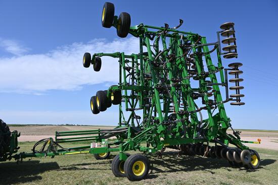 2009 John Deere 1830 61' air hoe drill