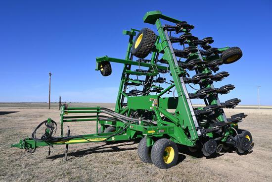 2010 John Deere 1890 42' air drill