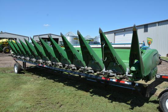 2008 John Deere 612C 12RN corn head