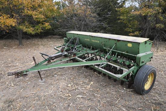 John Deere DFB 11' single disc grain drill