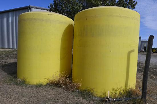 (2) 3,000 gal. poly tanks