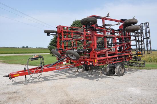 Case-IH 200 40' field cultivator