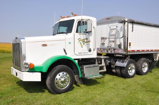 1996 Peterbilt 378 daycab truck