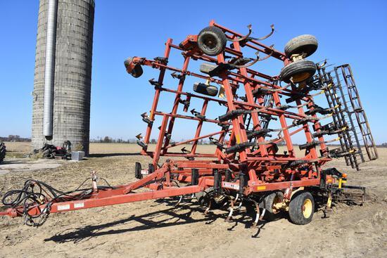 2005 Krause 5630 32' field cultivator