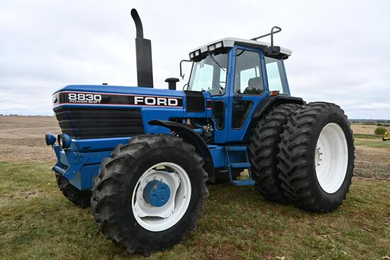 1990 Ford 8830 MFWD tractor