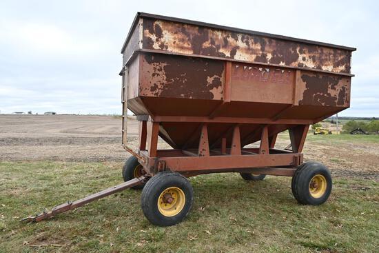 Lundell 250 bu. gravity wagon on Kewanee running gear