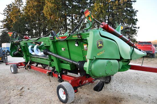 "2012 John Deere 608C 8 row 30"" StalkMaster chopping corn head"