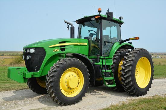 2011 John Deere 7930 MFWD tractor