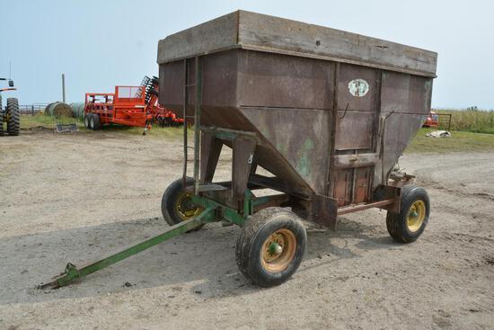 UFT 200 bu. gravity wagon on John Deere 965 gear