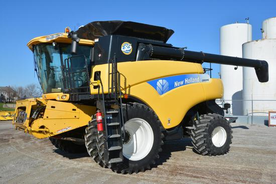 2011 New Holland CR9080 4wd combine