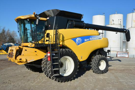 2010 New Holland CR9060 2wd combine