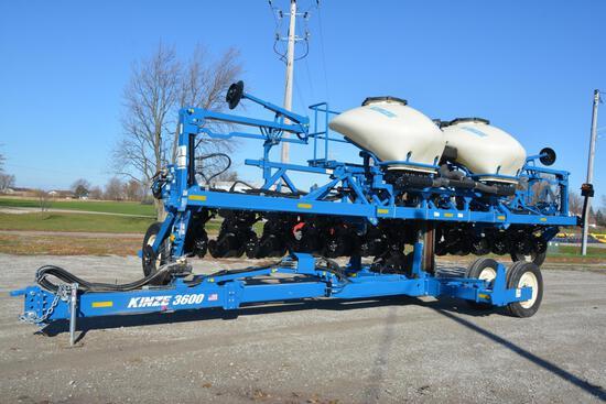 """2018 Kinze 3600 ASD 12 row 30"""" planter"""