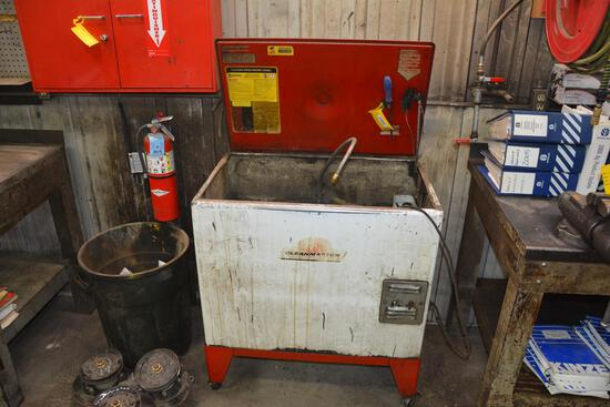 CleanMaster Model 70B parts washer